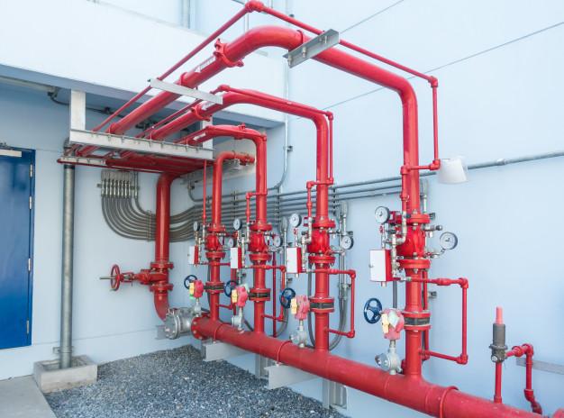 sistema-rociadores-agua-alarma-contra-incendios-sistema-control-rociadores-agua-tuberias-industriales